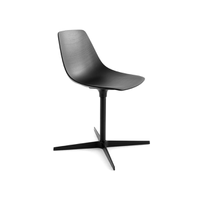 Miunn chair with central base